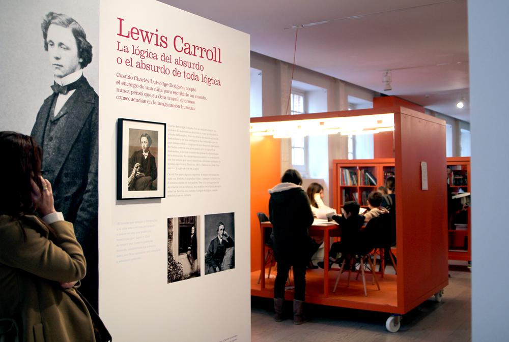Alicia Museo ABC Alicia Ilustrada Lewis Carroll